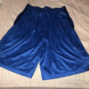 Nike Shorts - NWOT Men's Basketball Shorts